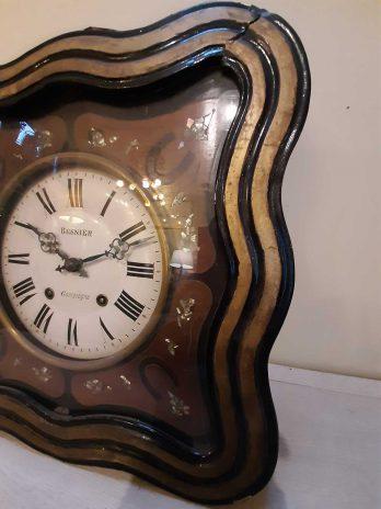 Horloge murale carré